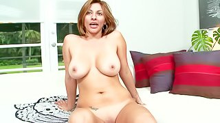 Lisa is a hot milf with huge boobs. Sexy middle aged sexy poses naked showing off her big melons and nice pussy. Then she gets tongue fucked by hot blooded man. He loves her taco so much!