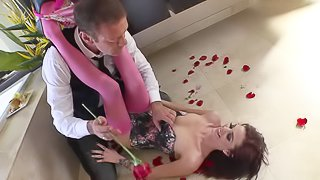 Slim brunette Kierra Winters with perfect legs gets her delicious pussy eaten out and then takes off her pink stockings. Rocco Sifredi sucks her sweet toes like theres no tomorrow