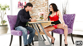 Tyler Steel & Jaclyn Taylor in Just juicy - BigTitsBoss