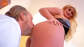 Curvy blonde Julie Cash is a domina with incredibly sexy bug bubble butt. She smothers obedient man with her nice booty. Older man gives her ass a lick and then gets trampled with zero mercy