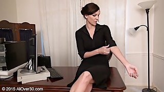 Amazing MILF with nice natural boobs spreads her legs open