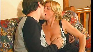 FRENCH MATURE 2 mom likes young guy