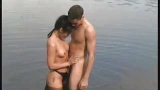 Worthy fucking on the nature aged woman & youthful boyfrend