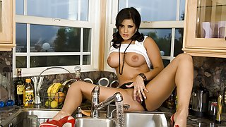 Sunny Leone in Cleaning And Playing With Herself Video
